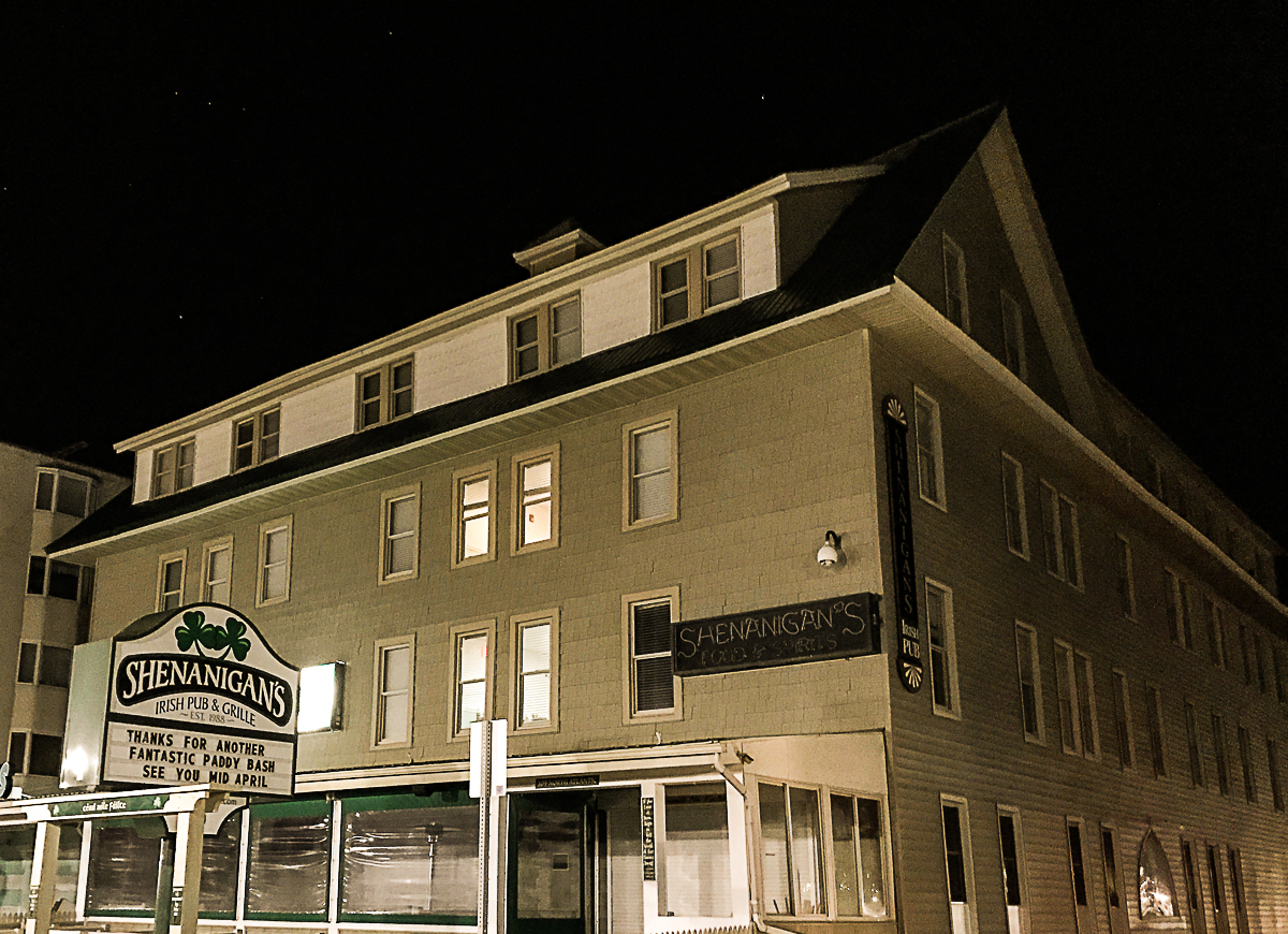 Shoreham Hotel and Shenanigans Pub in Ocean City MD